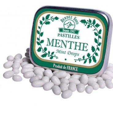 Aujourd'hui les pastilles à la menthe séduisent par leur fraicheur